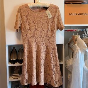 BRAND NEW lace dress from Forever 21